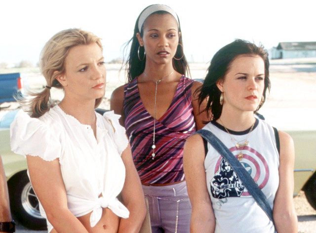 9 Defining 2000s Fashion Moments From Crossroads