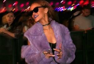 Rihanna loves snacks.
