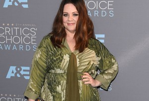 SANTA MONICA, CA - JANUARY 17: Actress Melissa McCarthy attends the 21st Annual Critics' Choice Awards at Barker Hangar on January 17, 2016 in Santa Monica, California.  (Photo by Jason Merritt/Getty Images)